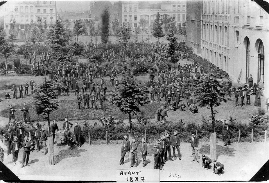 1887-avant